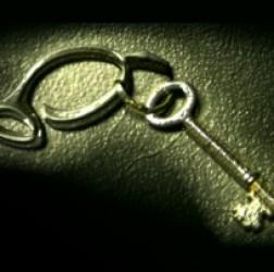 Gumnut key
