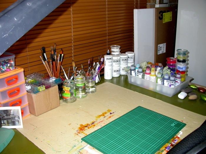 Clean art desk Jan 2013
